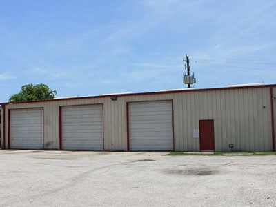street-view-of-fresno-texas-warehouse-shop-facility